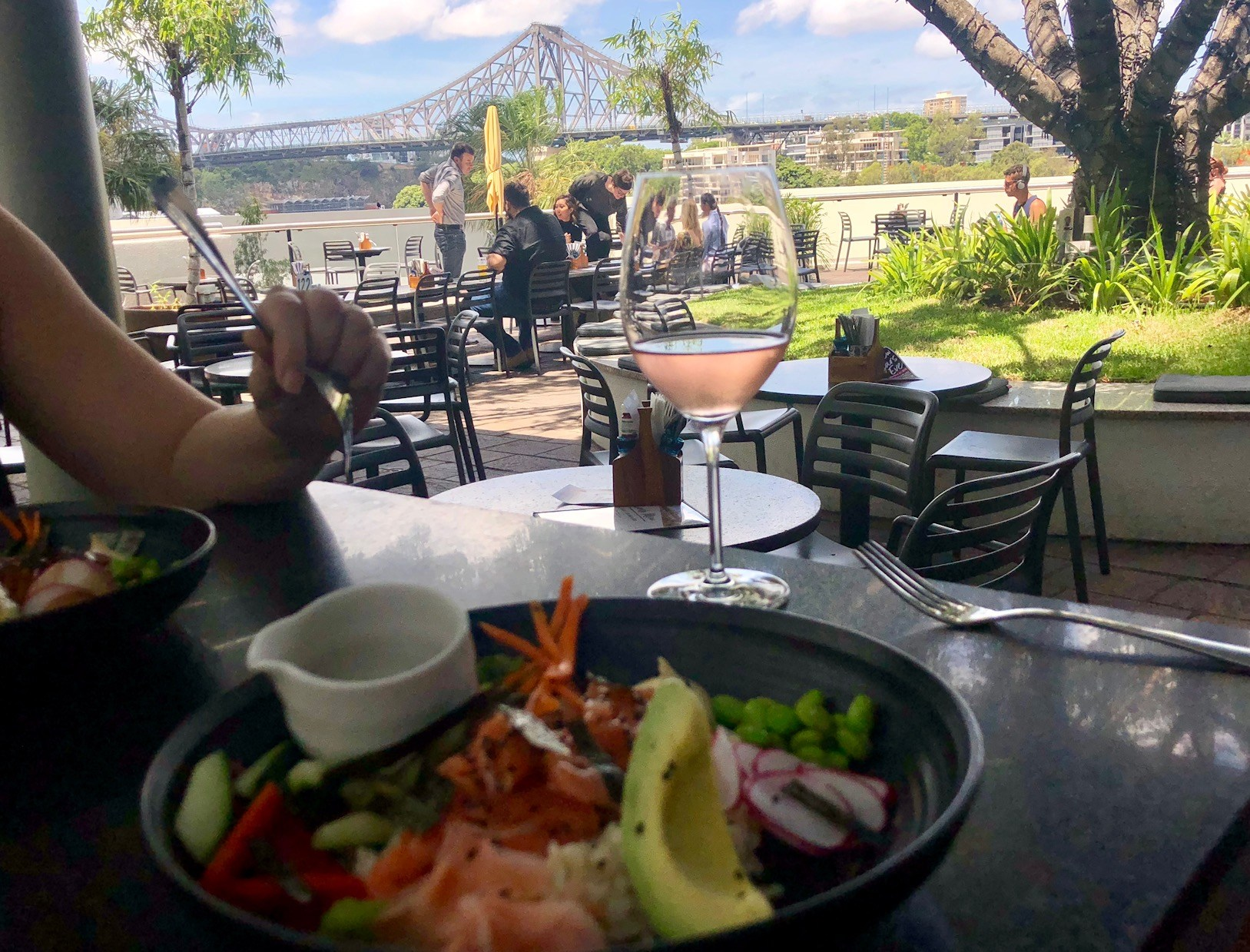 Friday's Riverside: Surprisingly Good Lunch